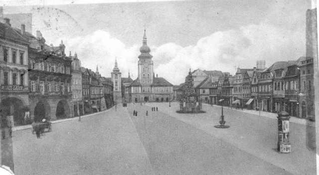 Saaz, town square
